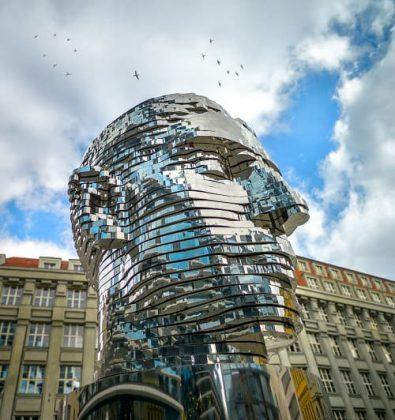 Installation Art - David Cerny Kafka Head