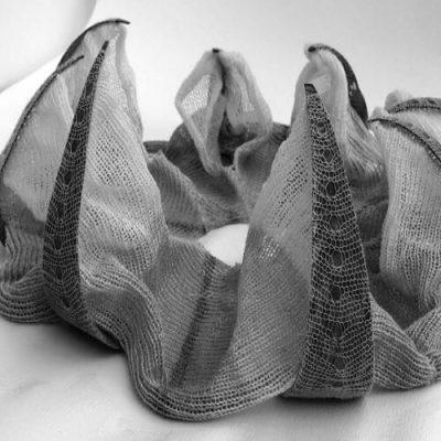 Environmentally Responsive Textiles for Architecture