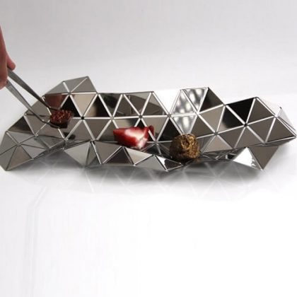 Facetat geometric serving dish