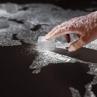 Salt Worldwide Interactive Installation